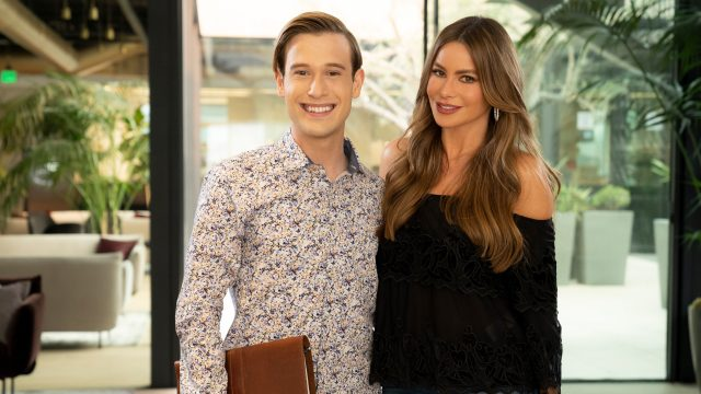 Hollywood Medium with Tyler Henry Sofia Vergara